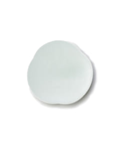 Teshioの水色の豆皿表面