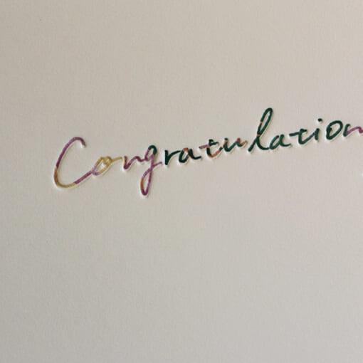 花柄のメッセージカードcongratulationsアップ