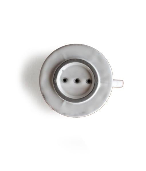 美濃焼のコーヒードリッパー底面