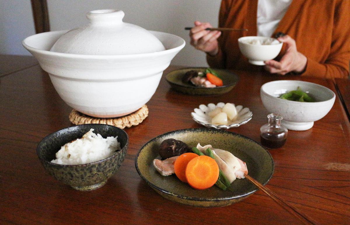 土鍋と美濃焼の食器でおいしいごはん