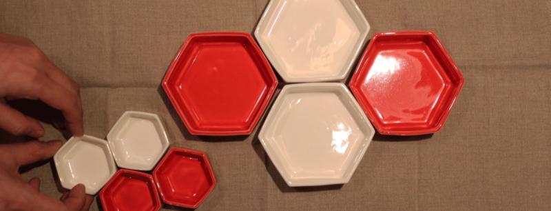 美濃焼の六角形の紅白食器